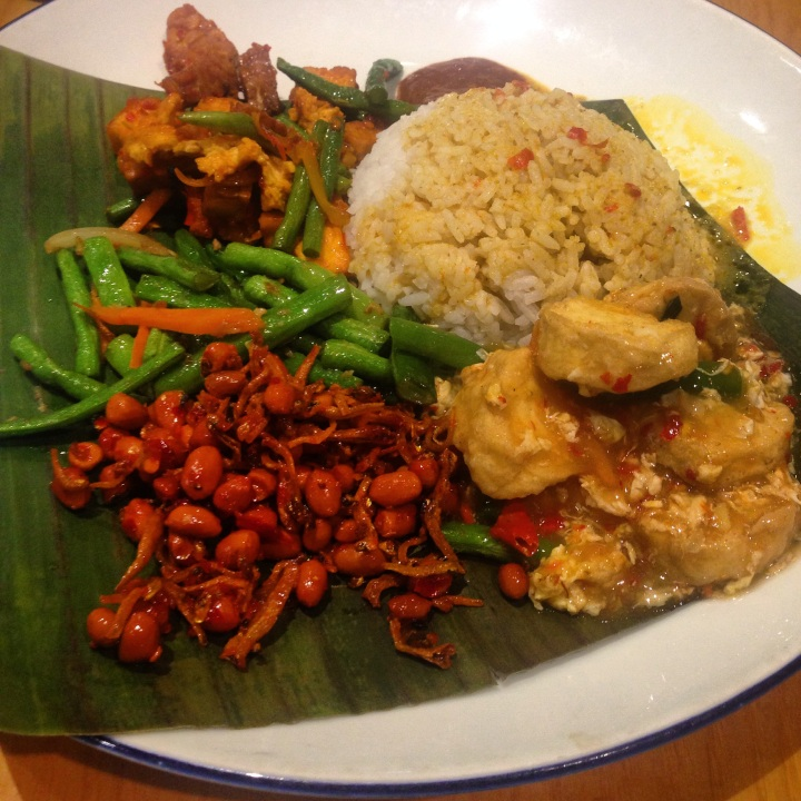 Food lovers paradise – The top dishes inSingapore