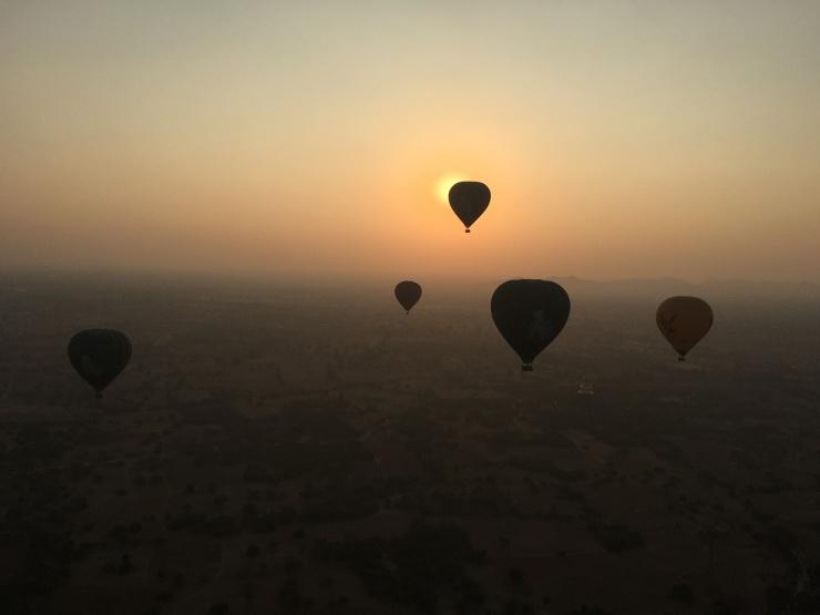 oriental balloons bagan